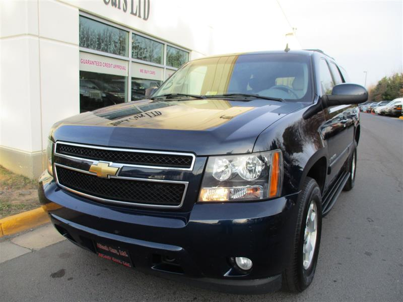 2007 CHEVROLET TAHOE LT 4WD with DVD & THIRD ROW