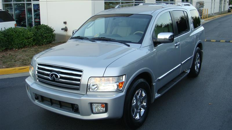2005 INFINITI QX56 Navigation & Back-up Camera