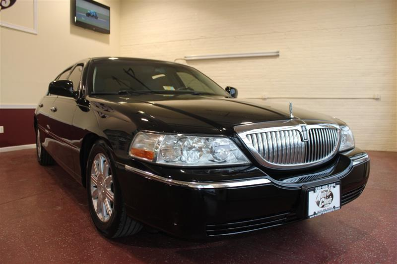 2006 LINCOLN TOWN CAR Signature-L
