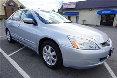 2005 HONDA ACCORD EX-L V6 Sedan