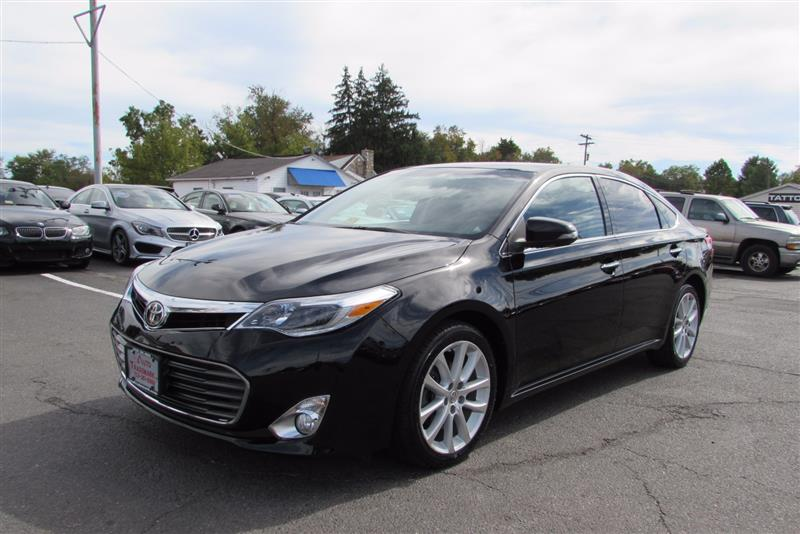2015 TOYOTA AVALON Limited Navigation