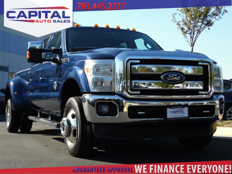 2011 FORD SUPER DUTY F-350 DRW  LARIAT DUALLY