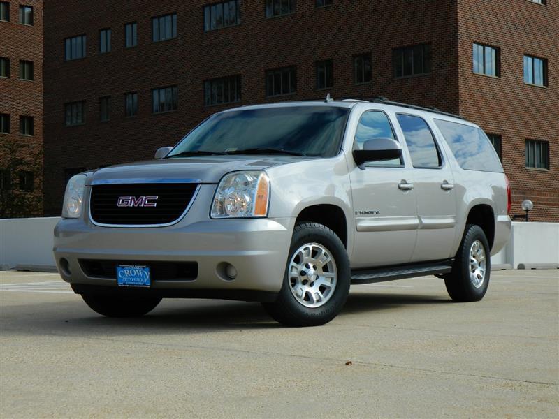 2007 GMC YUKON XL SLT w/ 9 Seats