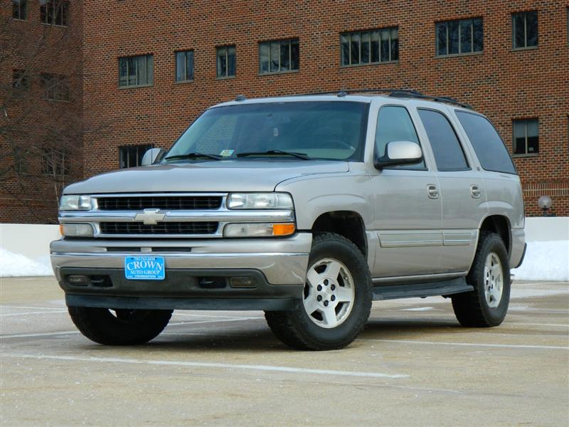 2005 CHEVROLET TAHOE LT 4WD with DVD & THIRD ROW
