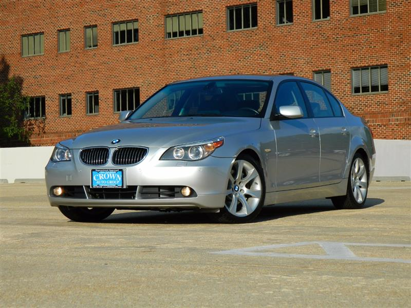 2007 BMW 5 SERIES 550i w/ Navi and Sport Package
