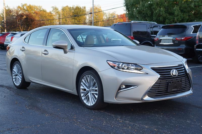 Lexus Dealers In Ohio >> Used Car Dealership of Twinsburg, Ohio | Finest Auto Wholesale