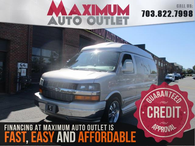 2005 CHEVROLET EXPRESS PASSENGER Conversion Van Limited SE