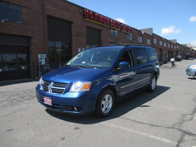 2010 Dodge Grand Caravan near Manassas Park VA 20111 for $8,995.00