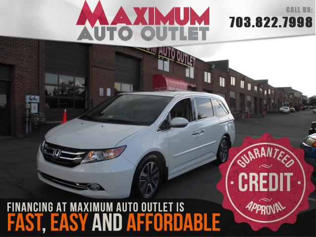 2015 HONDA ODYSSEY Touring Package with Navigation and Rear Entertainment