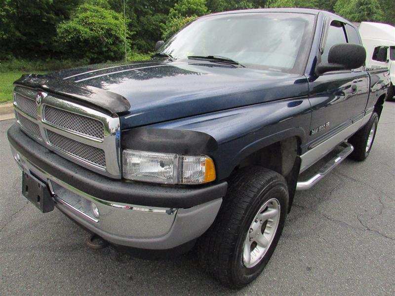 2001 DODGE RAM 1500 Laramie